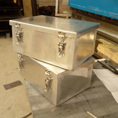 Alumiinilaatikot